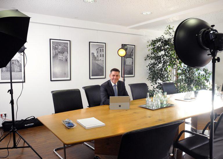 Fotoshooting in Ihren Räumen Setup am Schreibtisch